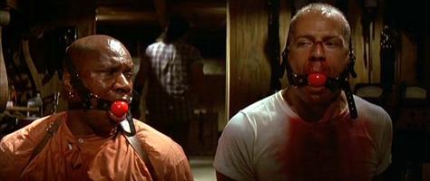 パルプフィクション地下室 監禁される2人